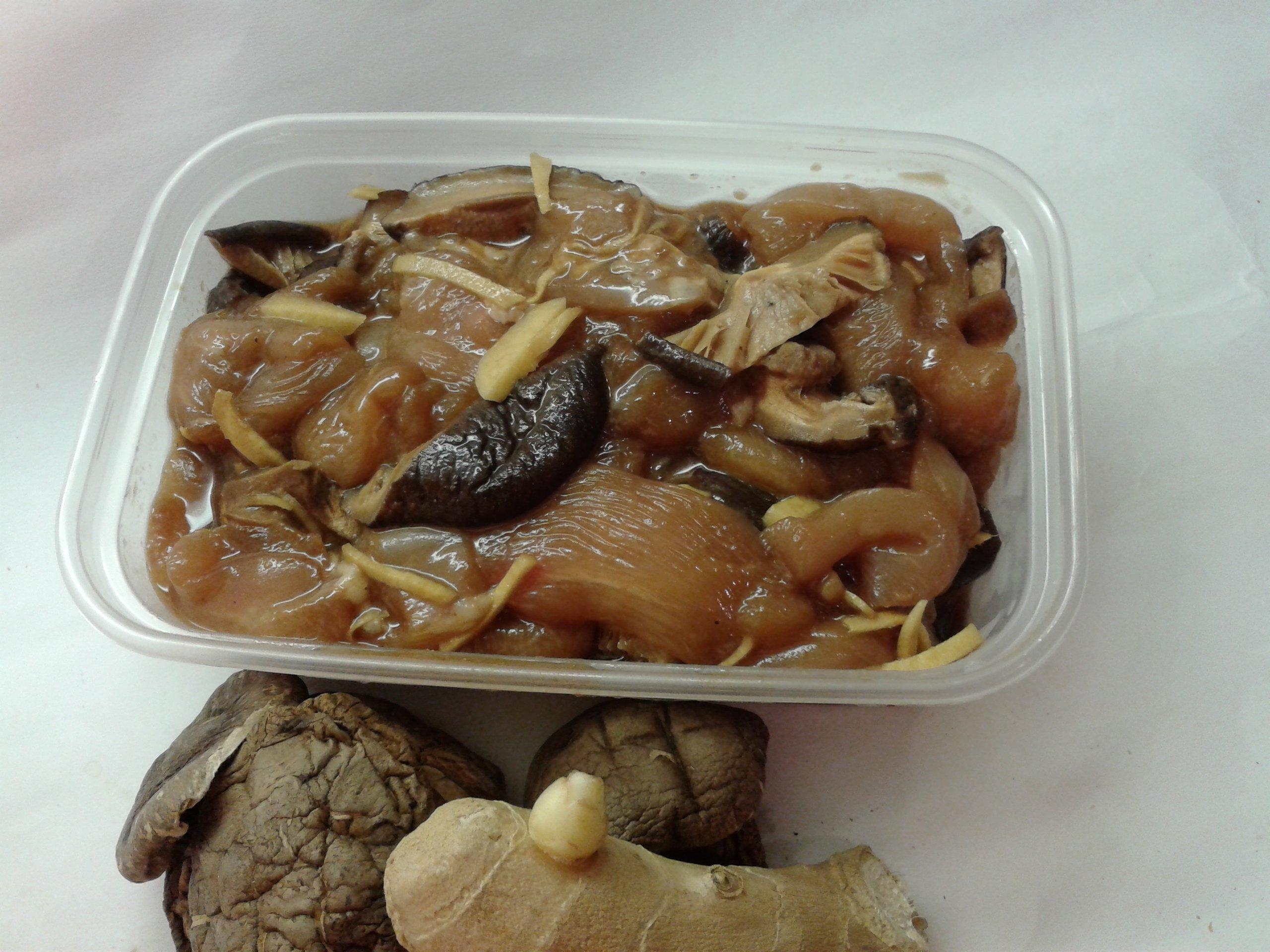 Steamed Chicken with Dried Shiitake Mushroom « Nyonya Recipe