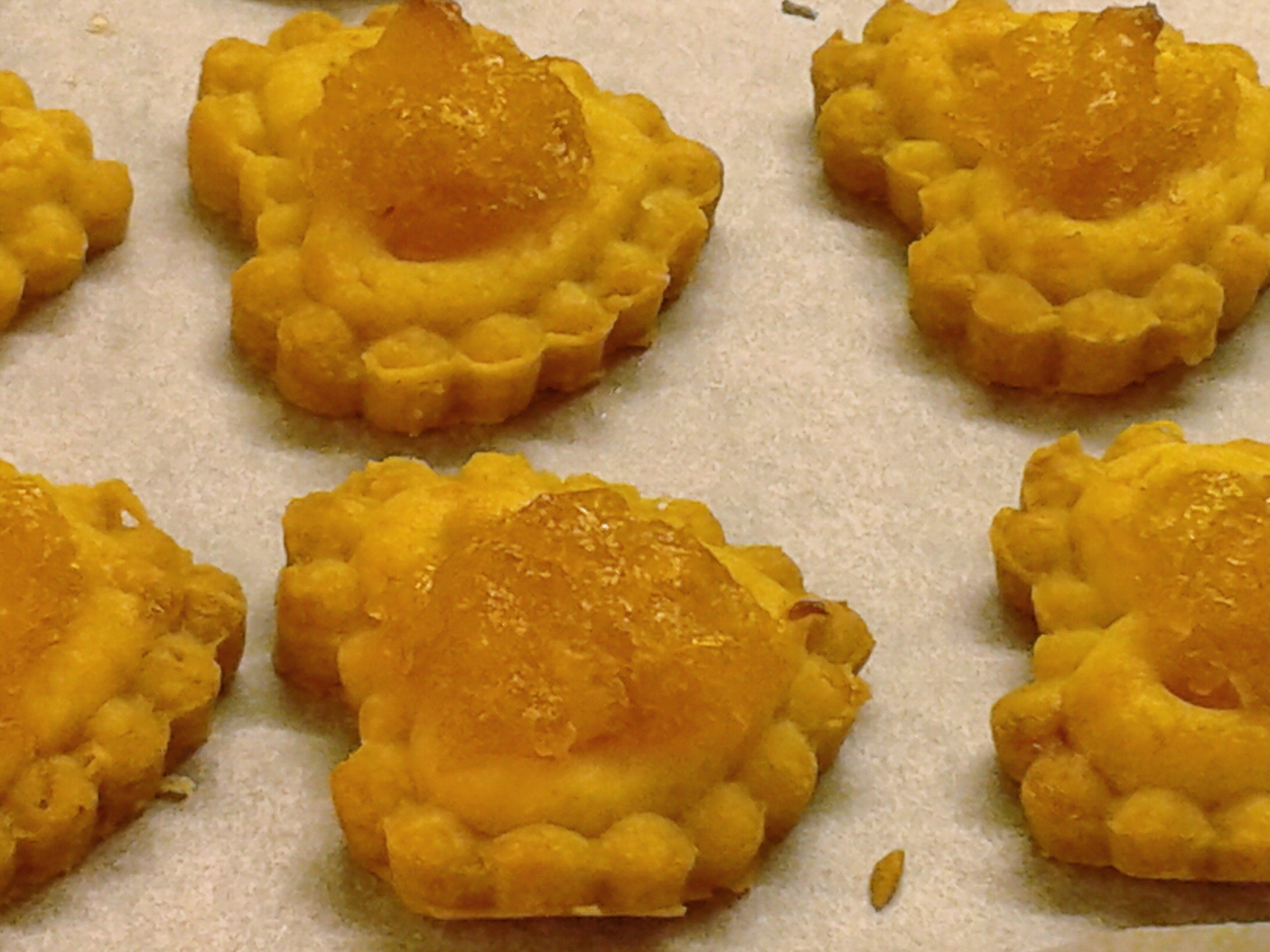 Chinese New Year Fare: Pineapple Jam Tart « Nyonya Recipe