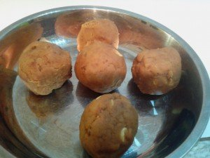 Lotus Paste shaped into balls