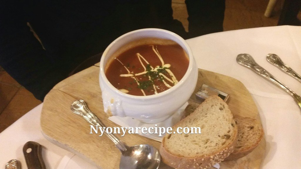 Roasted Pepper and Tomato Soup