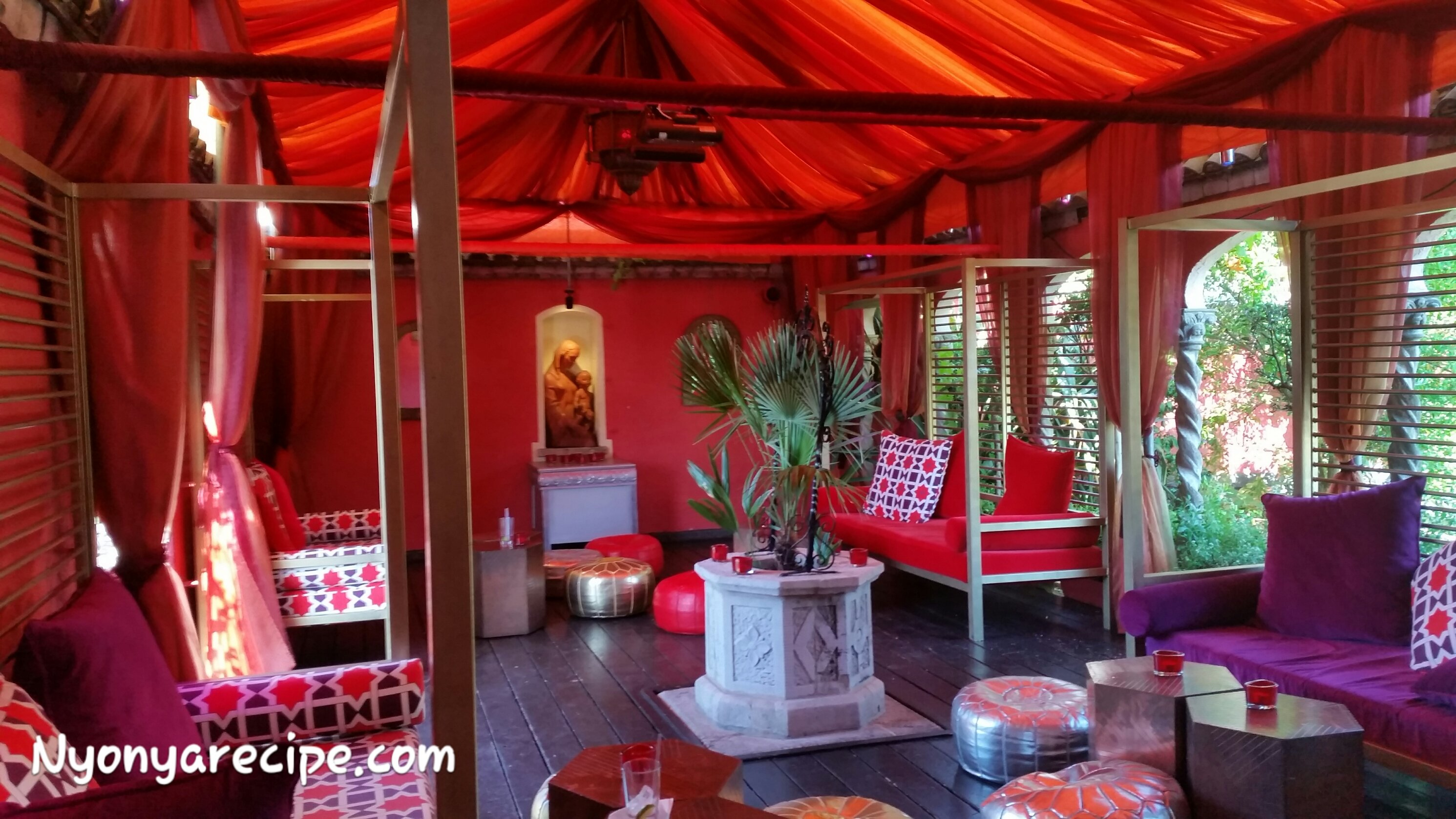 The Middle Eastern theme rest area at rhe end of the garden. A great place to have a drink and relax.