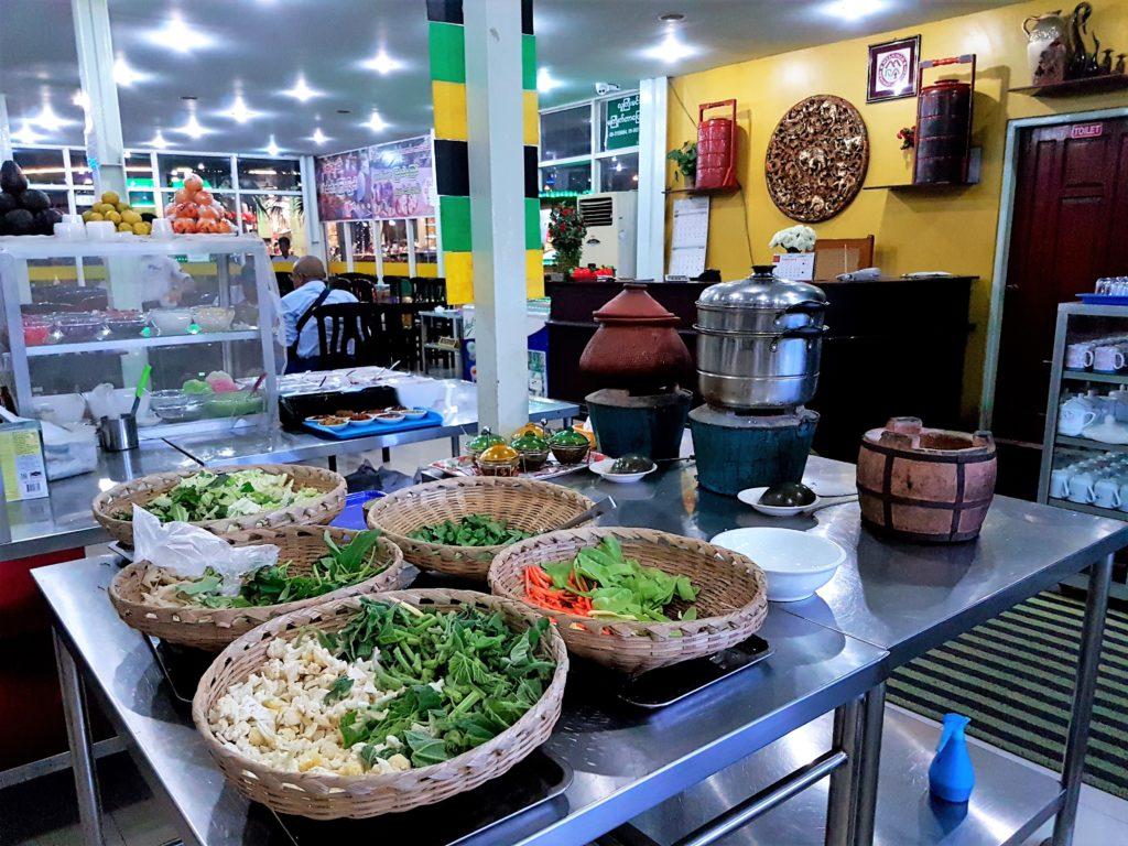 Myanmar, restaurant, Burma,salad